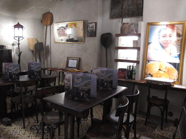4 tavoli al piano inferiore