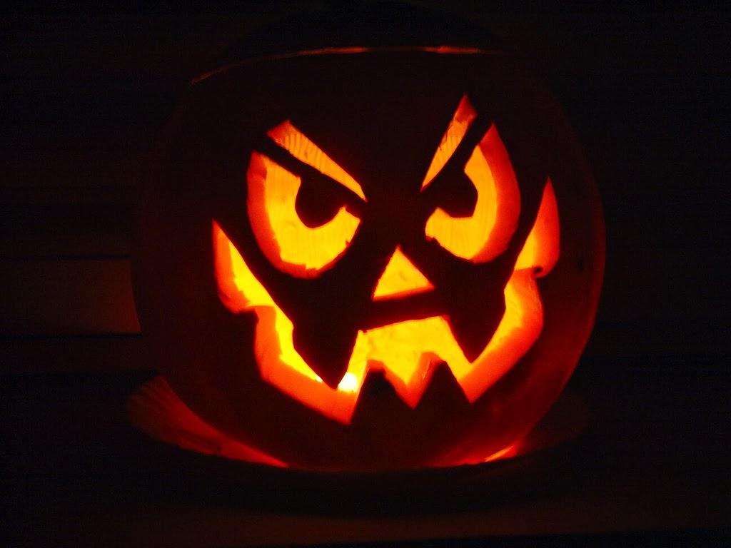 Facce Zucche Di Halloween.Halloween Come Fare E Conservare A Lungo La Zucca Mostruosa